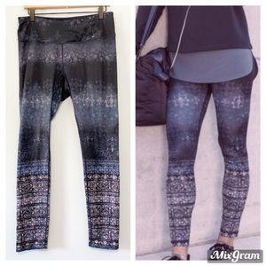CALIA navy blue mandala print full leggings L